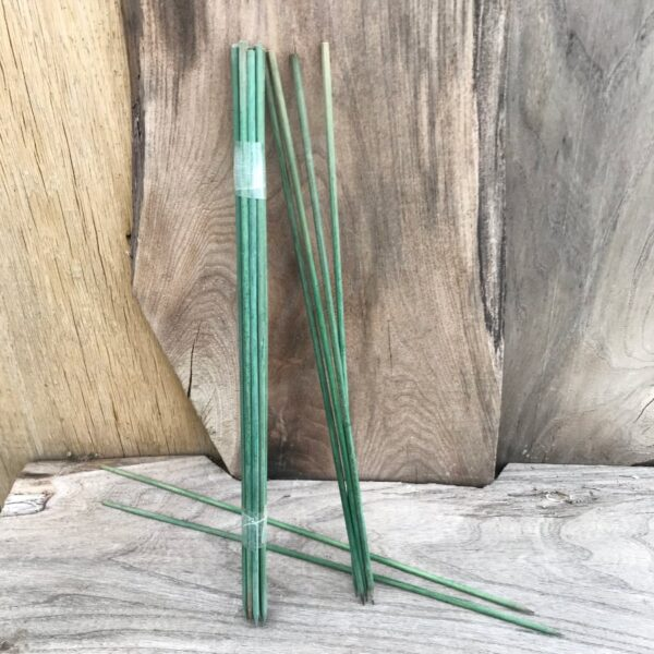 Blompinnar i trä, 35 cm långa